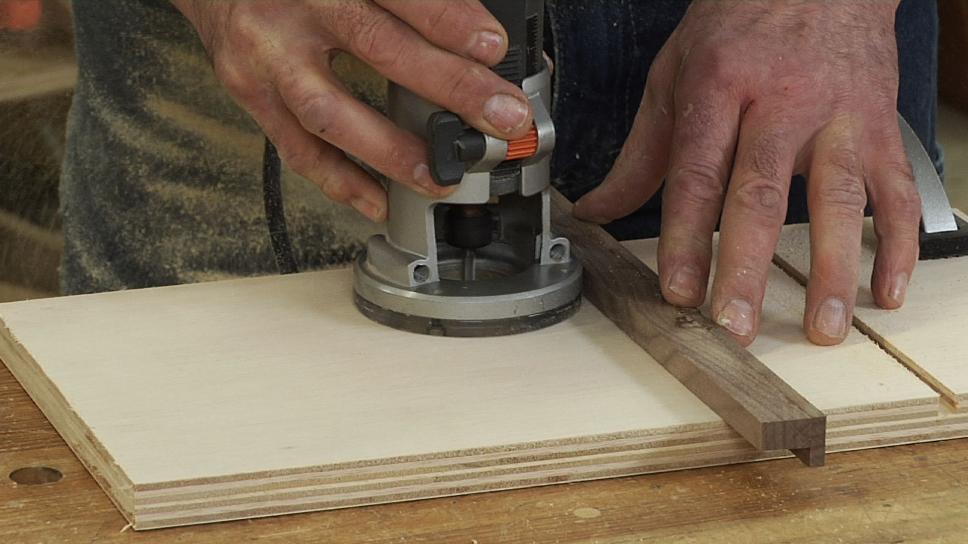 How To Use A Wood Router Guide Advice And Best Tips 2019