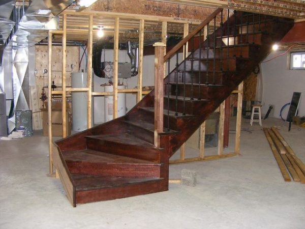 Basement staircase installation costs updated prices in 2018 for Cost to build a bar in basement