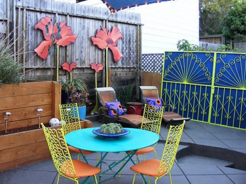 small yard furniture
