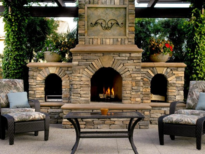 outdoor fireplace decoration