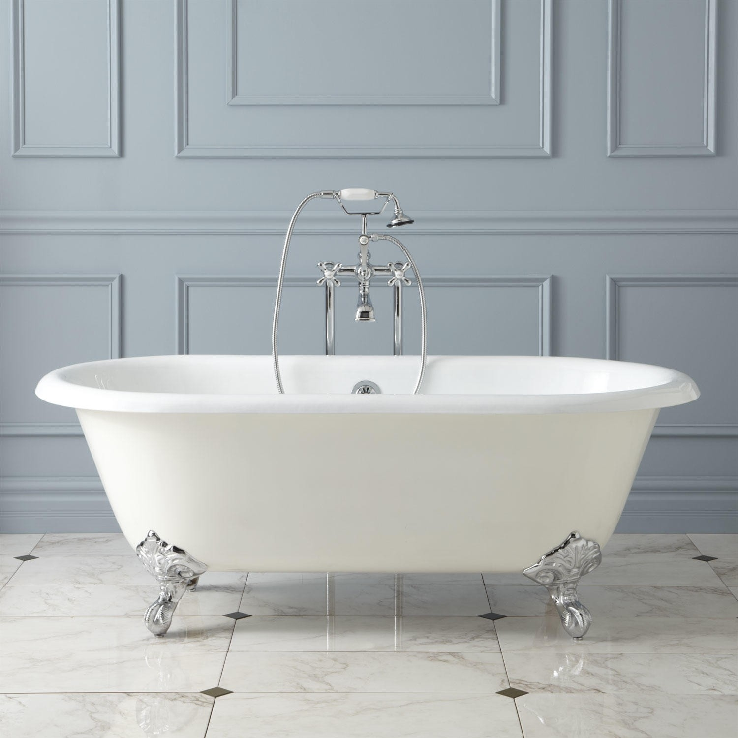Bathtub Refinishing Cost, DIY Tips & Hiring Contractor ...