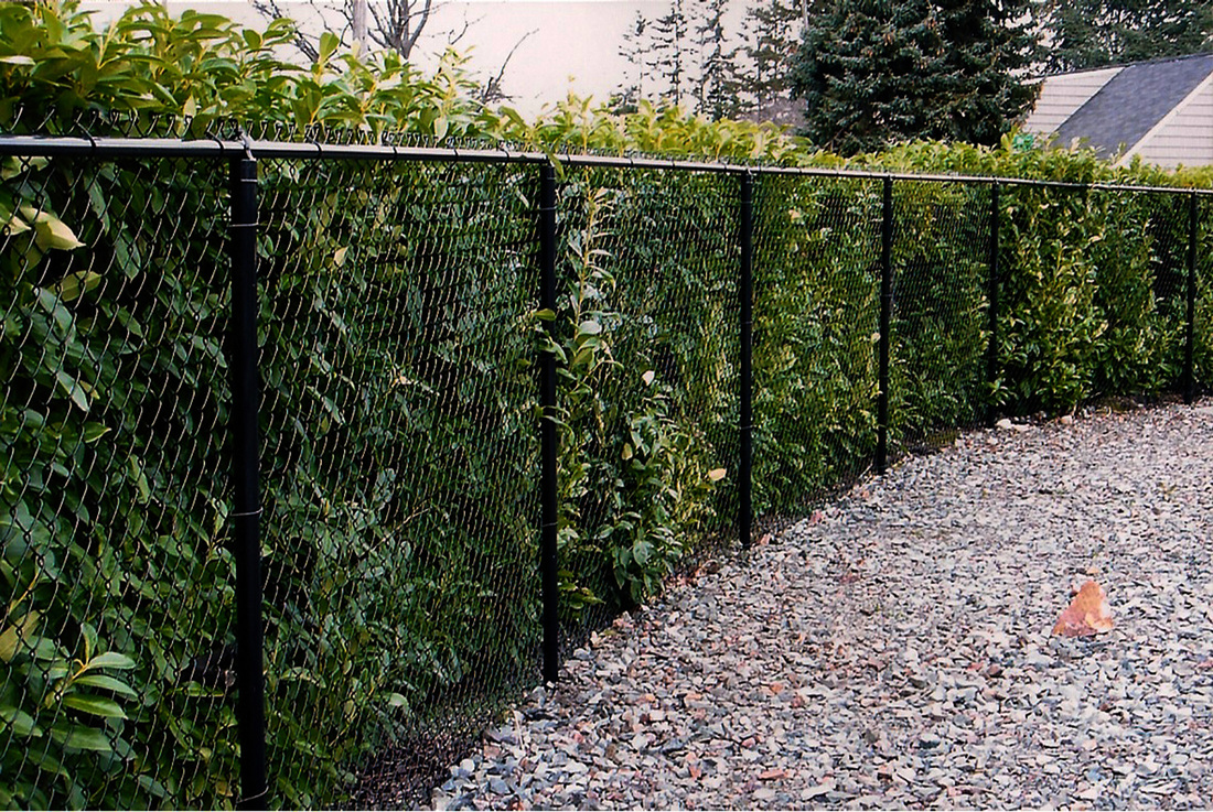 Chain Link Fence Cost Amp Installation Guide In 2018