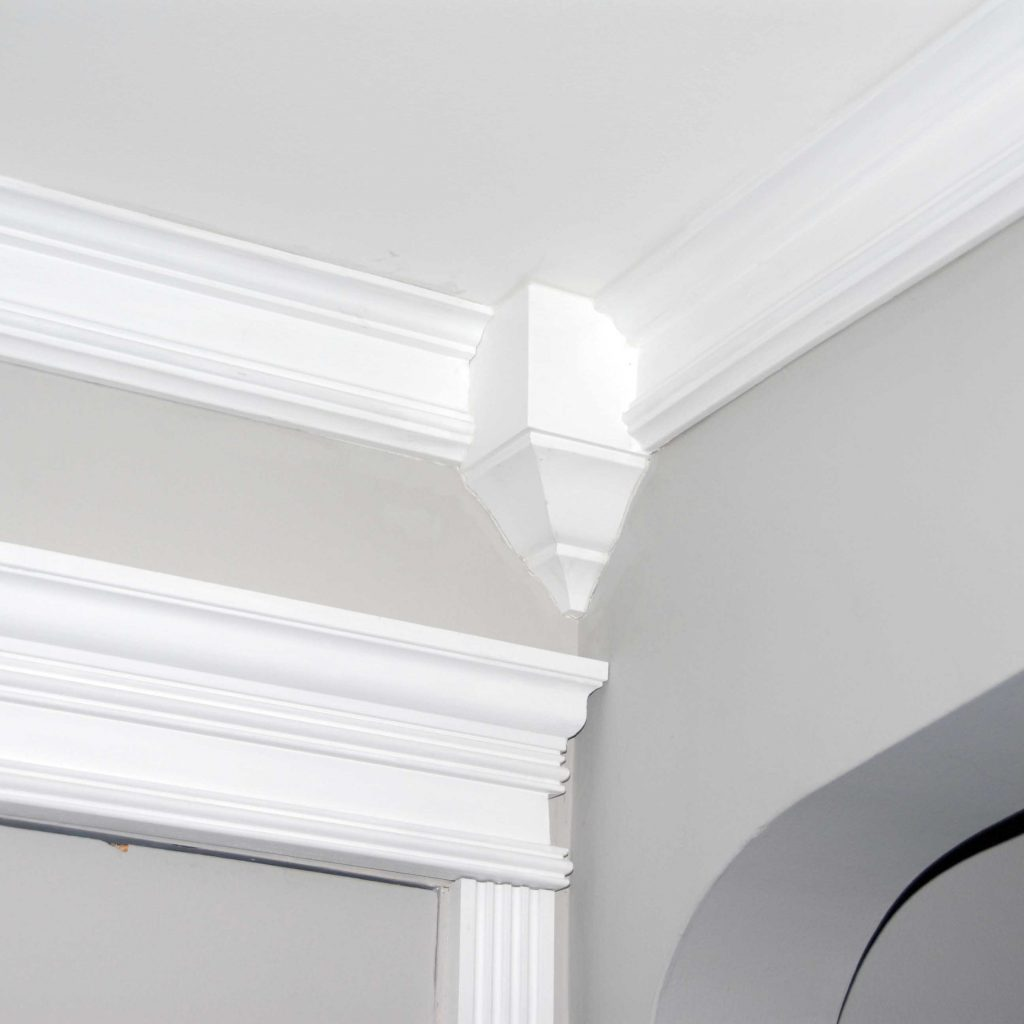 Crown Molding Installing Cost Tips Amp Ideas 2018