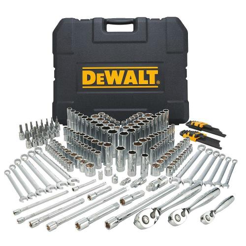 1. Dewalt DWMT72165 Set