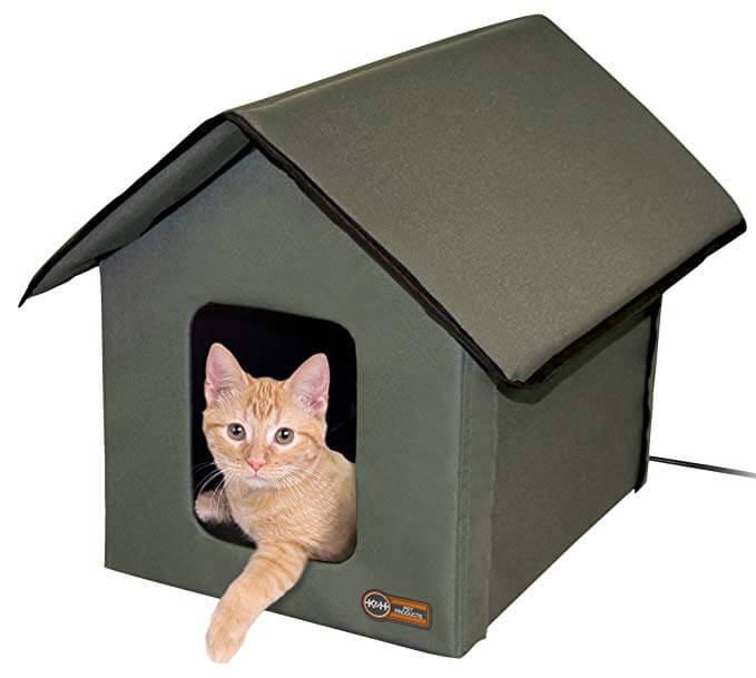 7. K&H Pet Products Outdoor Kitty House (Heated & Unheated)