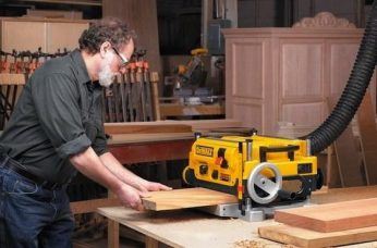 Best Wood Planers Reviewed & Compared