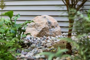 we rated the best landscaping rocks for you to buy