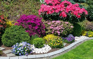 Flower Bed Edging Ideas and Easy Tips