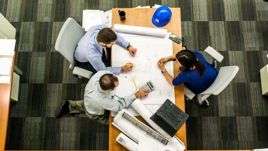 fiding a contractor on social media